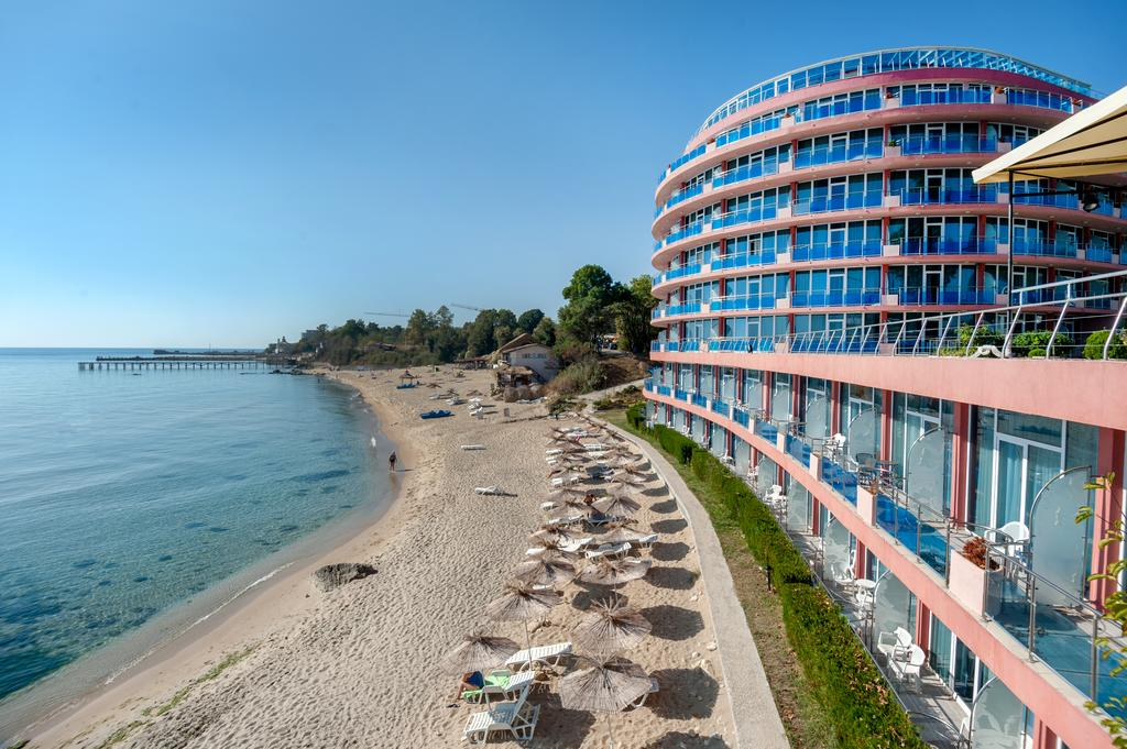Sirius Beach Hotel & SPA