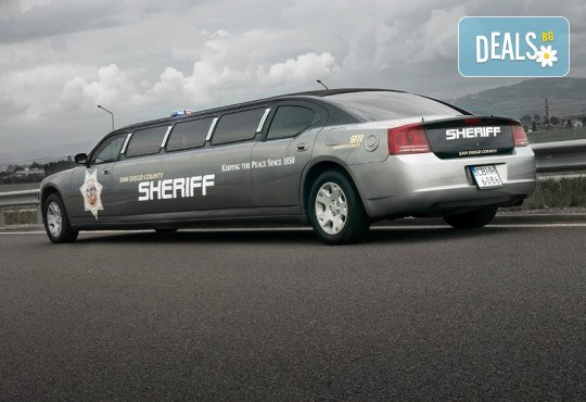 Луксозна холивудска лимузина Dodge Charger Interceptor SHERIFF с личен шофьор от San Diego Limousines